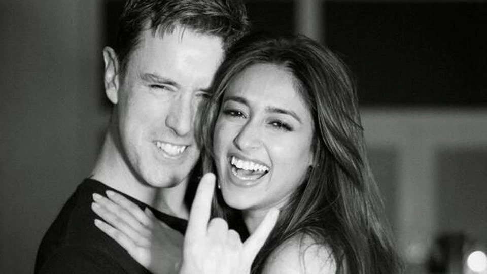 Ileana D'Cruz deletes photos of husband Andrew's knee bone, and the couple unfollows each other amid reports of the split