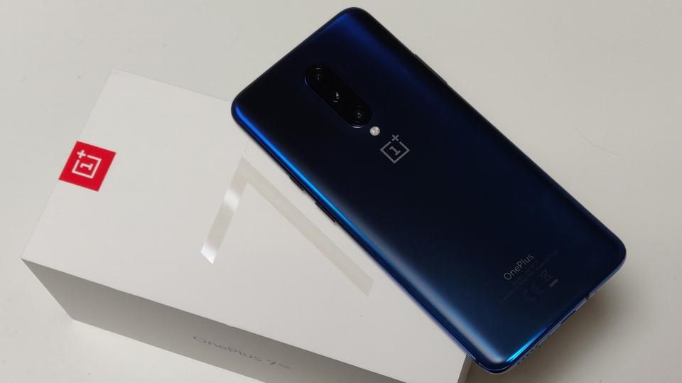Buy OnePlus 7 Pro, Get Protective Case & Type-C Bullets Free